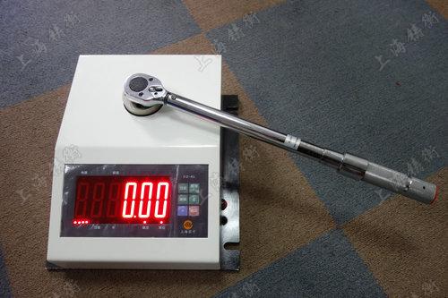 便携式定扭力扳手测试仪